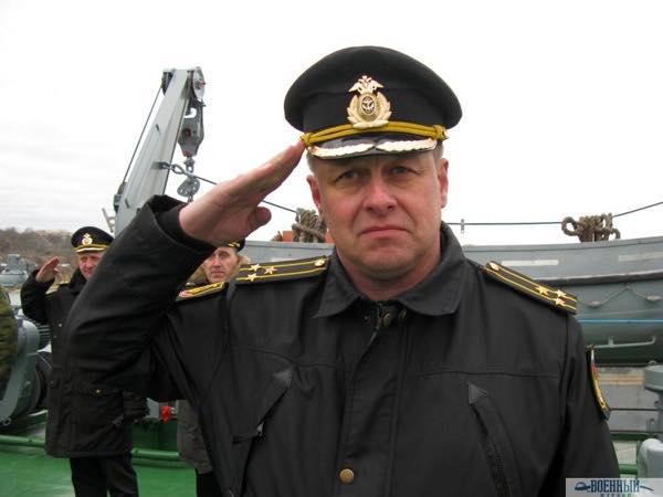 Замкомандующего по МТО капитан 1 ранга Владимир Горев
