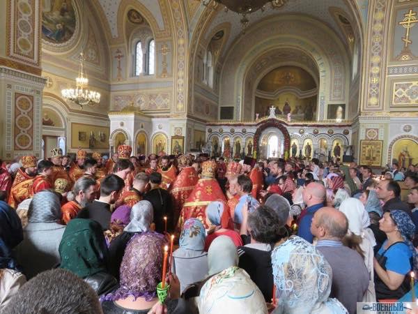 Во Владимирском соборе