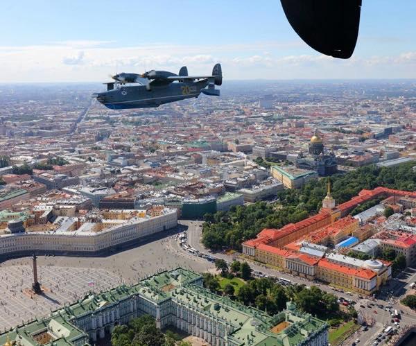 Самолеты полка над Санкт-Петербургом