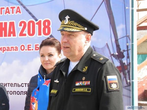Заместитель командующего Черноморским флотом контр адмирал Сергей Липилин