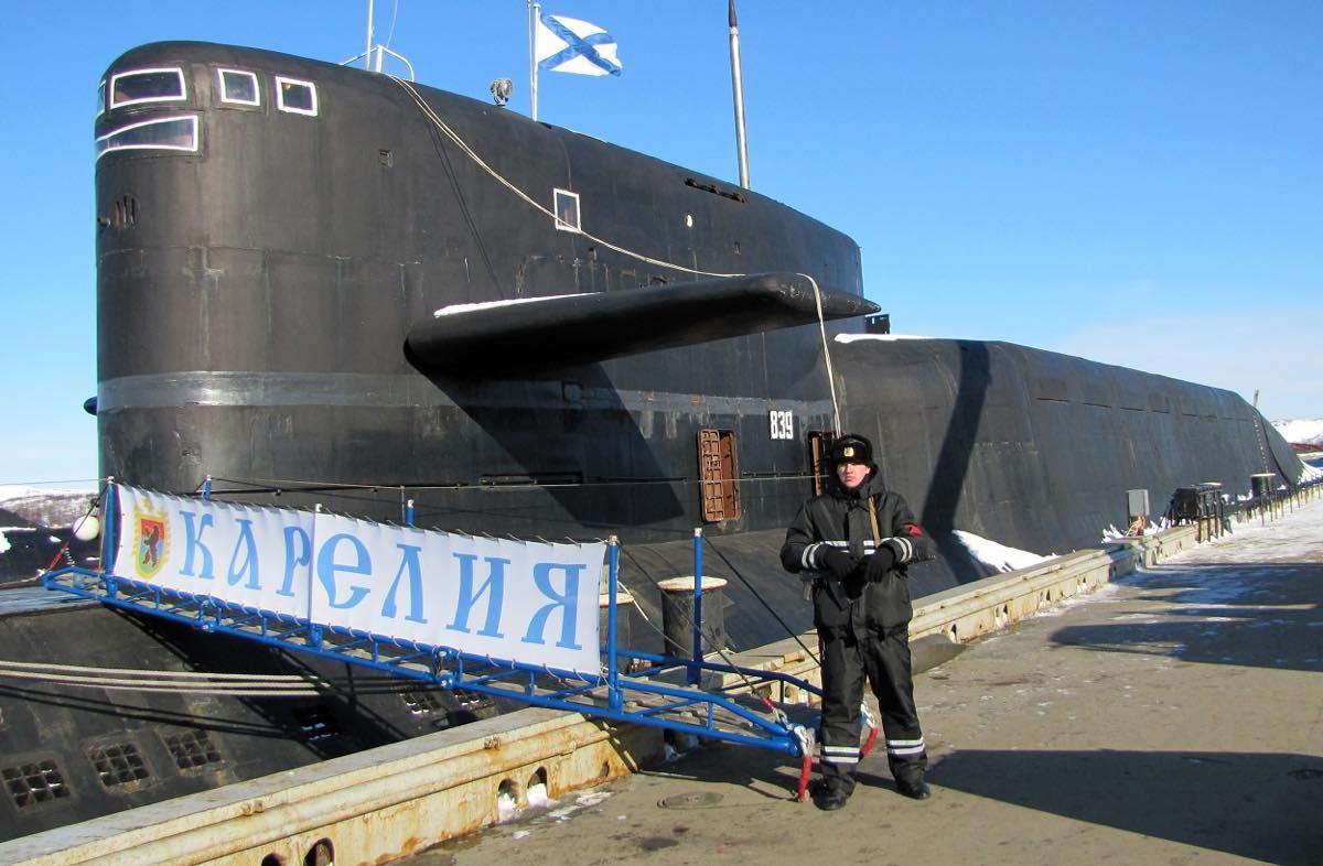 """Атомный ракетный подводный крейсер стратегического назначения проекта К-18 """"Карелия"""""""