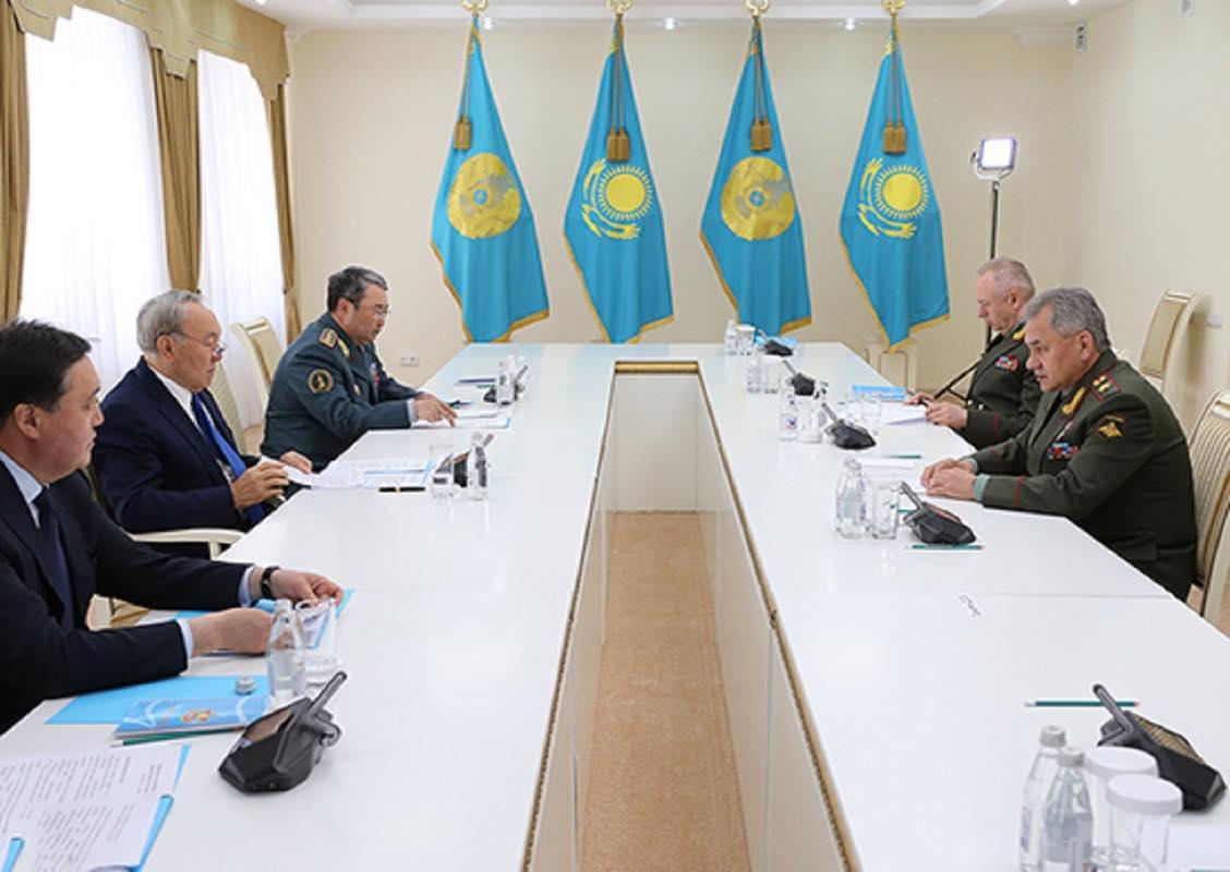 В Астане прошла встреча Министра обороны России и Президента Казахстана