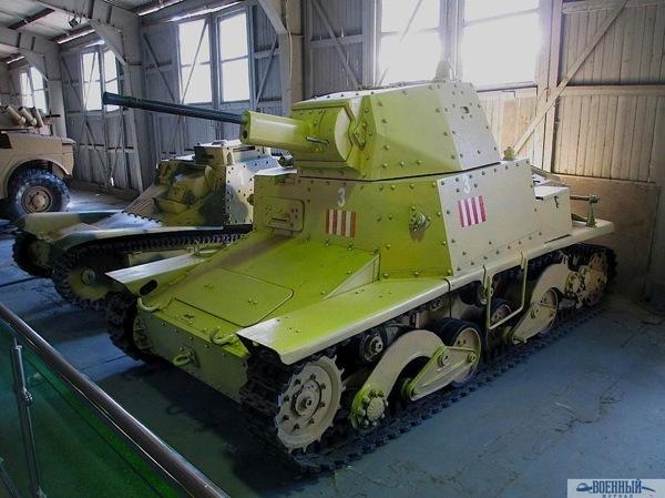 Танк Fiat L6/40