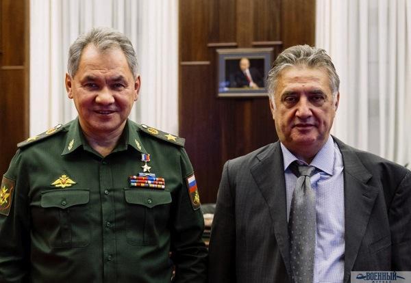 С министром обороны Сергеем Шойгу