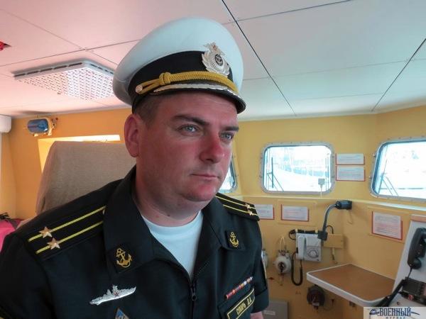 Дмитрий Сухарь на ходовом мостике