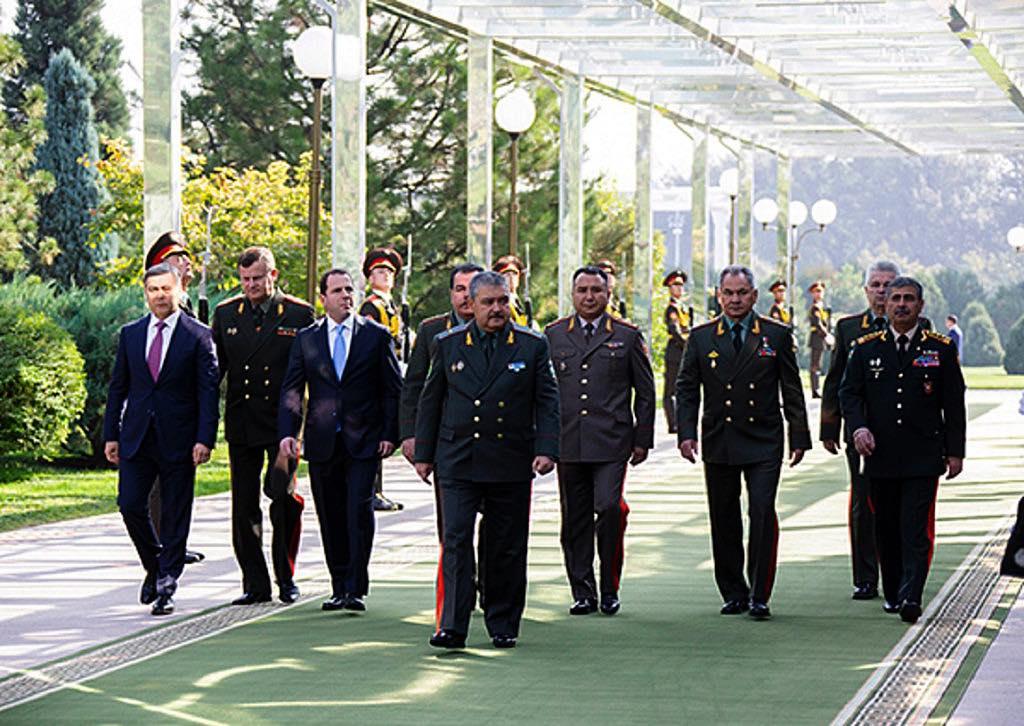 Министр обороны России встретился с Президентом и Министром обороны Узбекистана