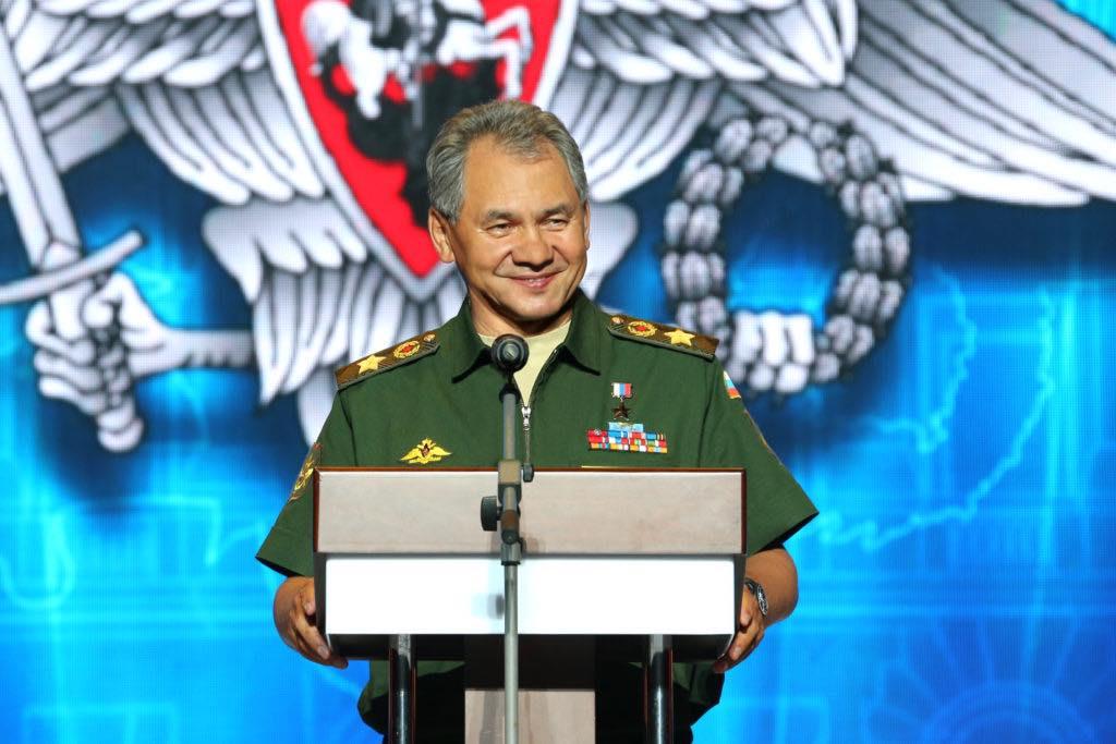 Министр обороны России поздравил военных разведчиков