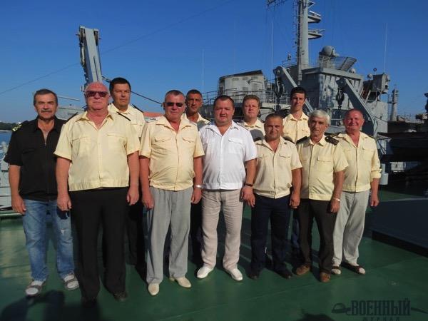 Члены экипажа  ПМ-56